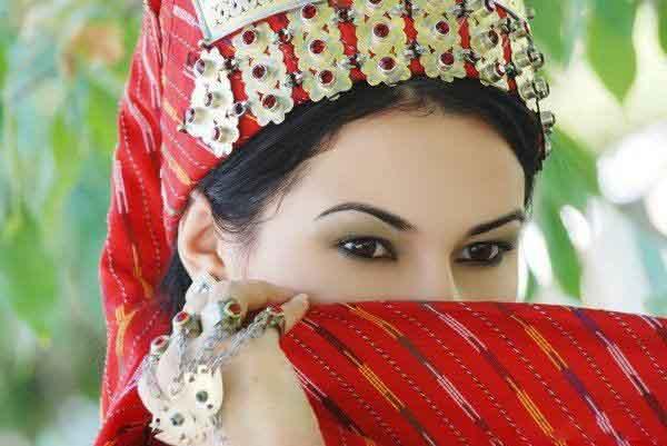 turkmen-ghiz-01