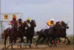 برگزاری هفته سوم کورس تابستانه در بندرترکمن